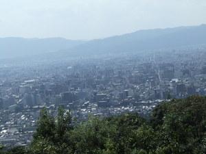 ブログ 青蓮院門跡より 中ほどの京都を望む3 DSCF0243.JPG