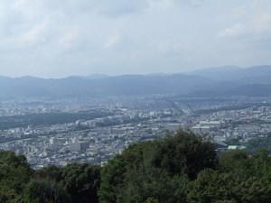 ブログ 青蓮院門跡より 北の京都を望む DSCF0251.JPG